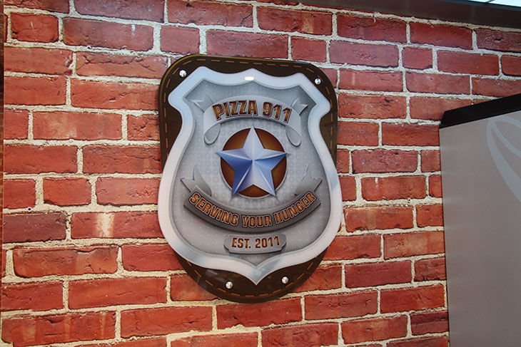Pizza 911 Interior Badge Graphic
