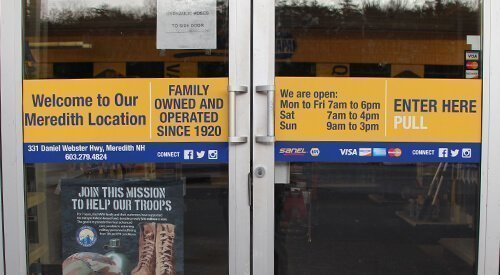 Retail Wayfinding Signage - Sanel Napa Doors